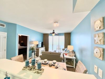 Photo for 🏝Master Bedroom Faces Gulf! FREE BEACH CHAIR SERVICE