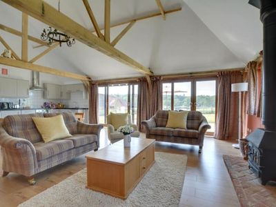 Photo for Winchelsea Holiday Home, Sleeps 6 with WiFi