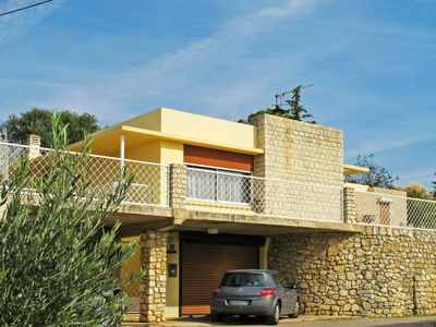 Photo for Cosy apartment for 6 guests with WIFI, private pool, A/C, TV, balcony and parking