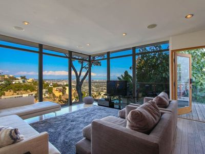 Photo for 3BR Hollywood Hills Villa, Amazing Views of LA!