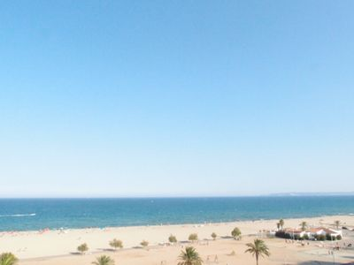 Photo for ON THE BEACH IN THE CENTER 4 PERS EXTRA VIEW ON BAY OF ROSAS + PARKING DES 350 €
