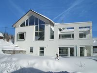 Great holiday apartment in a lovely setting. Gertrud and Norbert, the owners, were very pleasant.