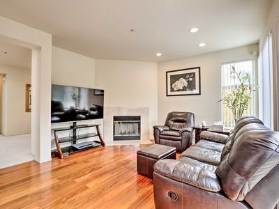 Photo for Daly City Family Home only 14 Mi to Pier 39!