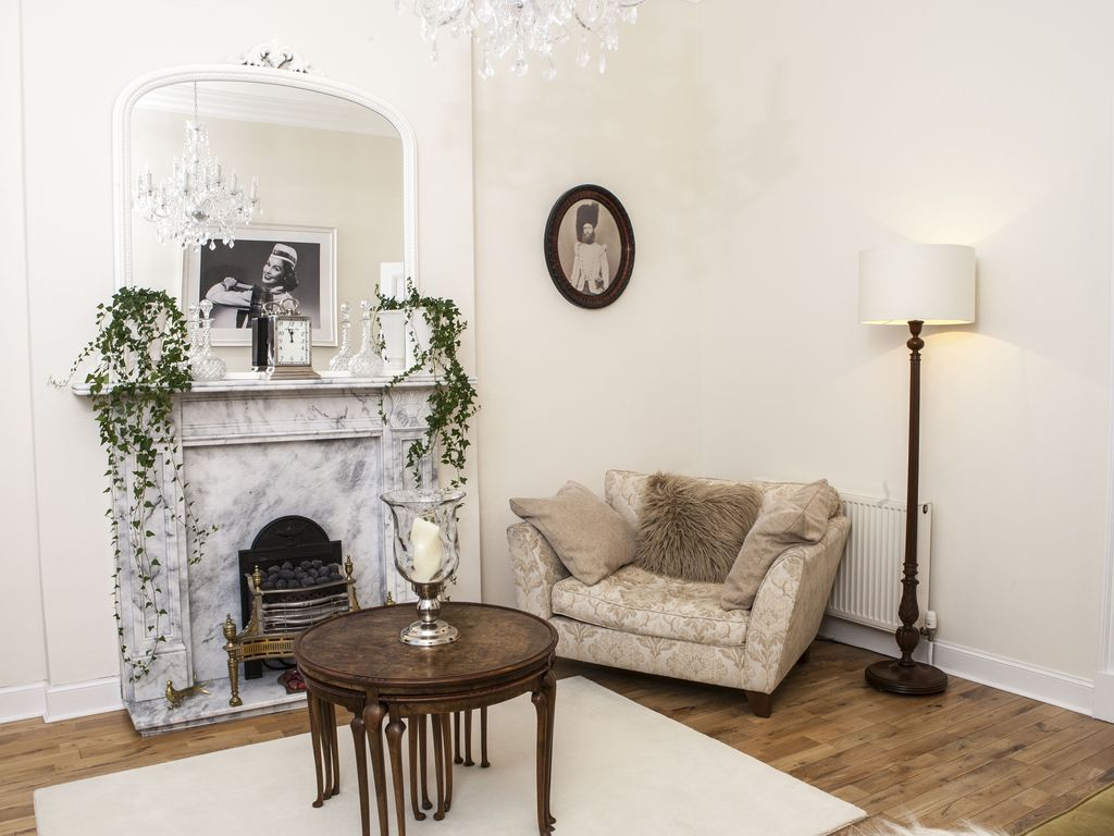 Exceptional Historic A List Apartment In Central Edinburgh - 2 Min. Walk To Tram