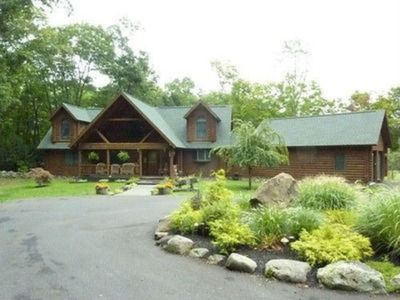 Photo for Beautifully built log home, attention to detail, all the comforts of home