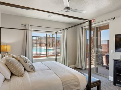 Photo for Fantastic New Zion Village Resort townhome sleeps 20+ near Zion National Park!