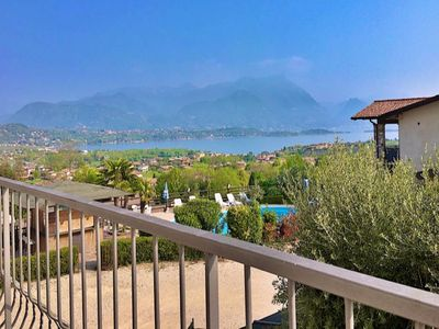 Photo for A / 2 Apartment with balcony overlooking the lake