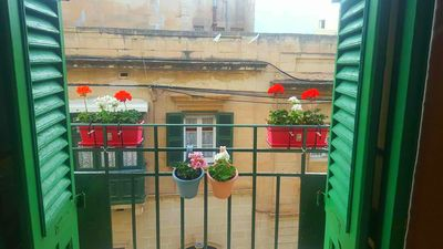 Main balcony over looking milner Street just 200m to seafront & Scottsupermarket