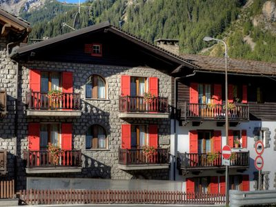 Photo for Residance Le Talus, Courmayeur, Two-room apartment C