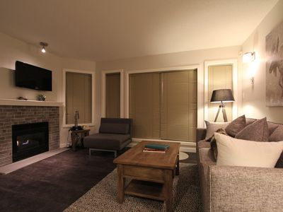 Glaciers Reach #39  2 Bedroom with Kitchen, Fireplace and Private Hot Tub