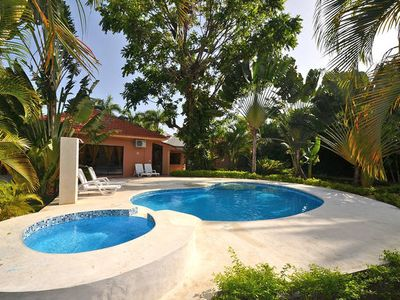 5 Bedrooms, 4 1/2 Bath In Paradise