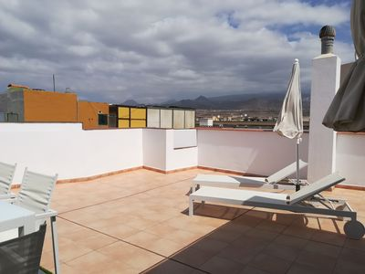 Photo for Spacious apartment with amazing roof terrace very close to the sea