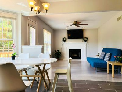 Photo for Gorgeous 4 bedroom house in Mason Preview listing