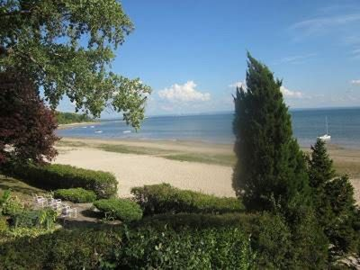 Photo for Waterfront Cottage on Crescent Beach, Fort Erie, O