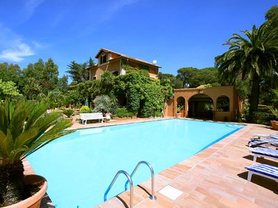 Photo for 4 bedroom Villa, sleeps 9 in Fréjus with Pool, Air Con and WiFi
