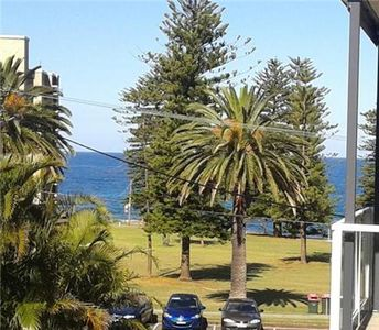 Photo for Coquillage Cronulla Beach Holiday Apartment