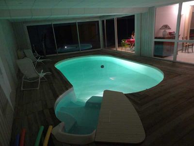 Photo for Cottage hollow with indoor pool heated all year and SPA
