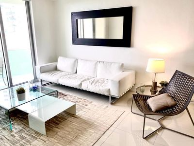 Photo for The Beach Place/Walk to the Beach/MInutes to Ft Lauderdale Airport/Hard Rock/Pool/Hotel Amenities