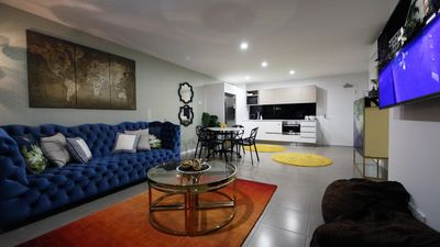 Photo for 2 bed family apartment Goldcoast
