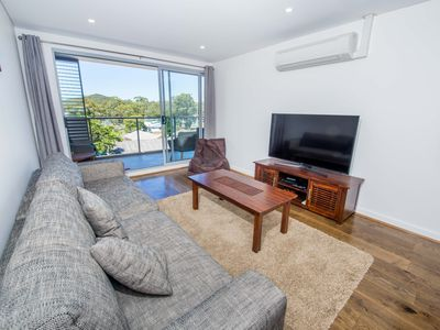 Photo for Blissful Shoal Bay Apartment
