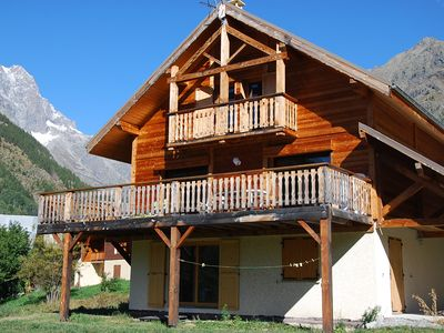 Photo for Nice chalet 6 people near the resort of Pelvoux