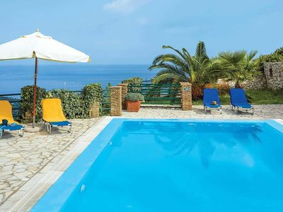 Photo for Charming hillside villa w/ 2 bedrooms, private pool, air con & free Wi-Fi