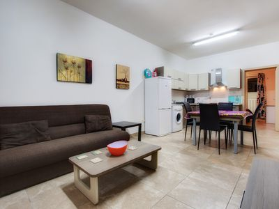 SD1 - Spacious and Charming 3bdrm residence