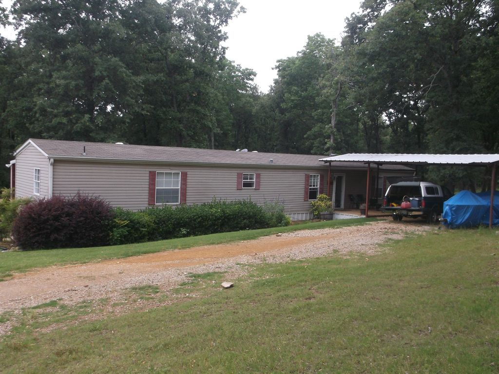 Lake texoma getaway an absolute quiet pla homeaway for Lake texoma cabins with hot tub