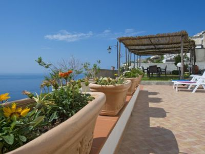 Photo for One bedroom Apartment, sleeps 4 in Praiano with Air Con and WiFi