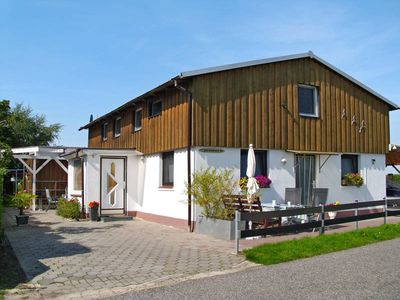Photo for Apartment Haus Osterende  in Cuxhaven - Lüdingworth, North Sea: Lower Saxony - 7 persons, 3 bedrooms