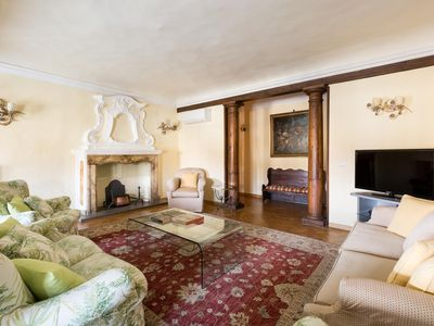 Photo for Piazza S. Croce II - luxury 3 bedrooms serviced apartment - Travel Keys