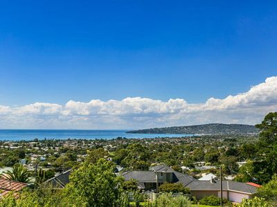 Photo for Panoramic Bay Views Dromana