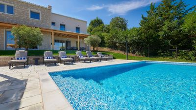 Photo for Beautiful villa with pool and panoramic view
