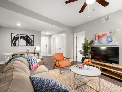 Photo for Kasa | Atlanta | 2BD/2BA Hip Apartment
