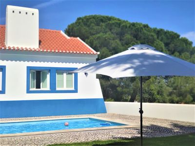 Photo for Coruche - Country house with pool, garden and barbecue. Quiet area