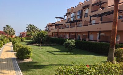 Stunning location, mountain views and 800m from the beach.