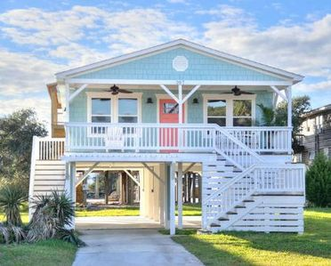 Photo for Absolutely Beautiful 3 BR/2 BA Home-Close to Beach-Less than a 2 Minute Walk-Sleeps 6