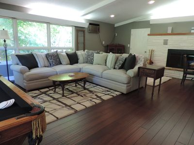 Executive rental close to the airport and Traverse City!!!