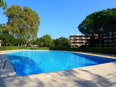 Photo for Nice 2 rooms, park view and pool, near Cannes and Nice