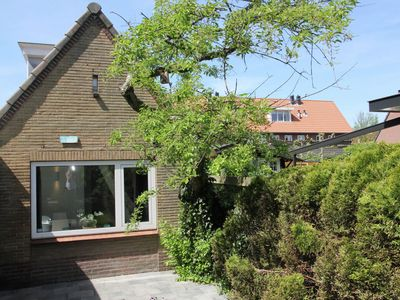 Photo for Lovely complete holiday home near the white dune parts of Egmond aan Zee