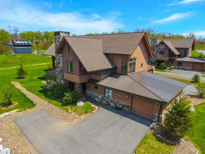Photo for Ski In/Ski Out Home w/Hot Tub, Gas Fireplace, & WIFI!