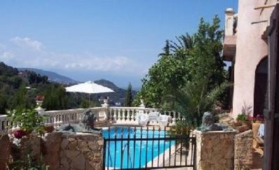 Photo for Charming house with pool and near the beach, September - October promo