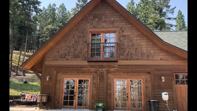 Photo for Gated 2 Bedroom Cottage: Sleeps 4, Lake Views, Fireplace, Kitchen.