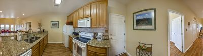 Fully equipped Kitchen - Honey Hole