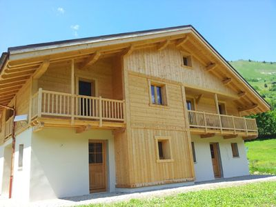 Photo for Spacious chalet with balcony and Wifi