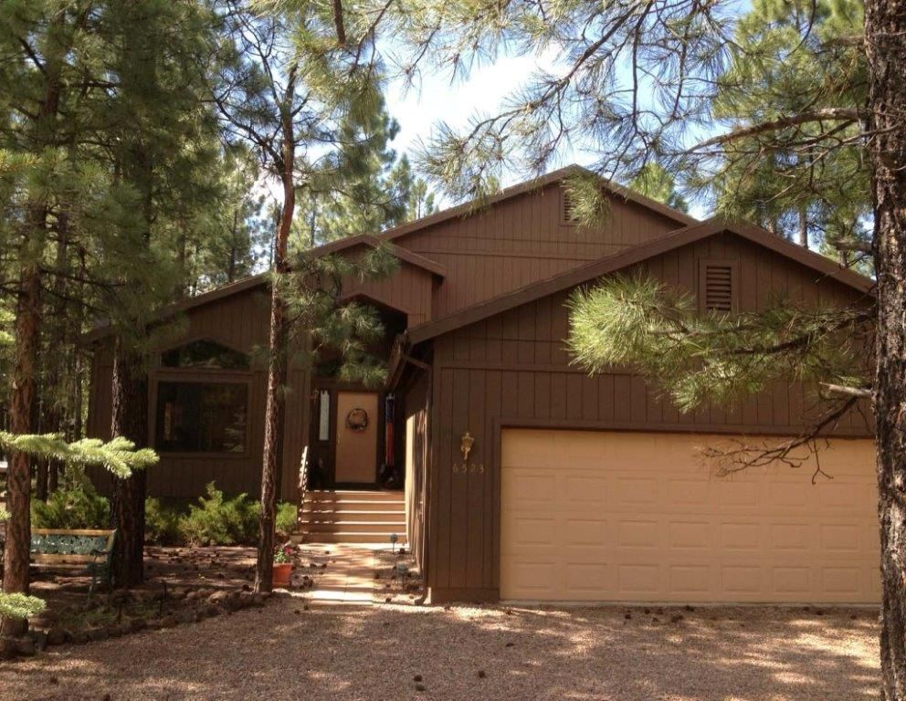 Beautiful mountain home in pinetop country homeaway for Az cabin rentals with hot tub