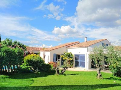 Photo for VILLA WITH POOL AND GARDEN NEAR THE BEACHES AND MONTPELLIER
