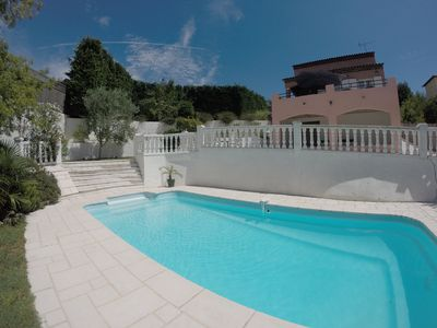 Photo for Luxurious villa 8 people near Cannes calm