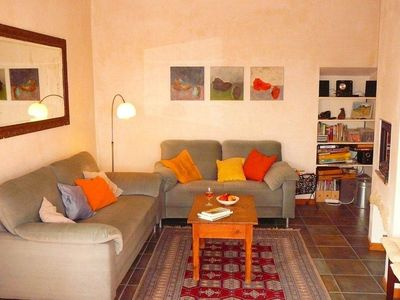Photo for Charming apartment, flooded with sunlight and panoramic views, pets welcome