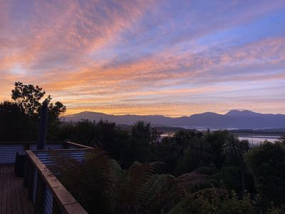"""Photo for The """"Real Bach"""" in the Heart of Moana With Amazing Views"""